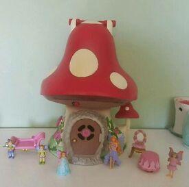 Elc wonderland fairy toadstool house with figures
