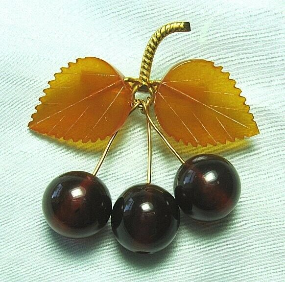 """Gold Plated Amber Cherry Pin 8.1 grams 2"""" x 2"""""""