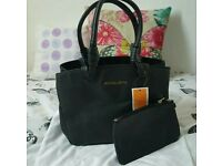 Michael kors bag + purse