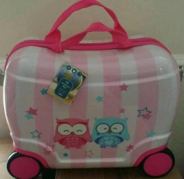 Kids wheelie bag hard shell suitcase