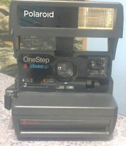 Vintage Polaroid OneStep 600 Instant Close Up Camera