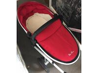 Silvercross Surf Red Carrycot