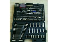 Halford professional 200 piece socket set not a snap on