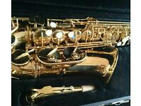 Jupiter 500 Series Alto Saxophone with hard case and strap