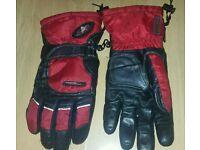 Motorbike Gloves Size 9 medium Red