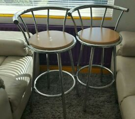 Pair of bar stools very good condition