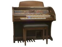 Preowned Lowrey Holiday Classic Organ – DUE IN SOON