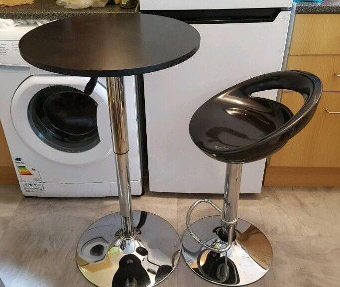 Bar Stool with Table with Gas lifting