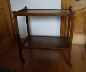 Vintage tea trolley oak with wheels and 2 shelves tv or books