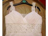 Stunning ivory wedding dress size 10