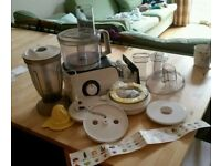 Food processor - Bosch MCM 4100GB with all attachments!