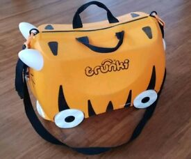 Trunki kids suitcase - Tiger