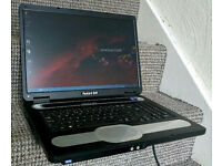 """17"""" Packard Bell laptop Wireless , DVD Recorder, Windows 7 & Office"""