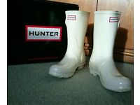 Short White Hunter Wellies *Wedding Wellies* SIZE 4