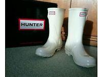 Short White Hunter Wellies *Wedding Wellies* SIZE 4