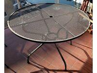 Metal garden table 105cm diameter