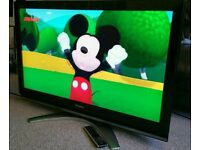 "TOSHIBA 40"" LCD TV FULL HD BUILT IN FREEVIEW EXCELLENT CONDITION REMOTE CONTROL HDMI FULLY WORKING"