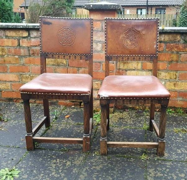 Pair of 2 Gothic chairs embossed tudor rose leather back oak Victorian? Antique vintage & Pair of 2 Gothic chairs embossed tudor rose leather back oak ...