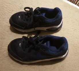 Boys Nike Air max trainers size 10.5