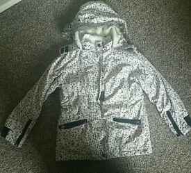 Girls winter coat 8 - 9