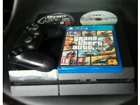 Playstation 4 with 3 games and controller, good condition ps4