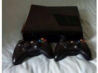 Xbox 360 Slim - 250GB - Good condition - 9 Games