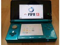 NINTENDO 3DS WITH FIFA 13 & SD CARD 2GB FULLY WORKING DS WITH