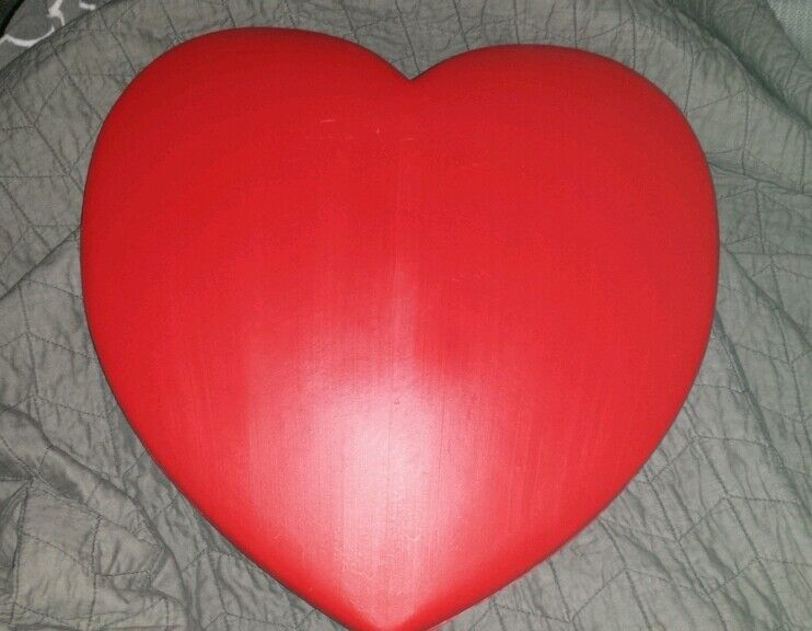 Vintage 1995 Union Valentines Day RED BLOW MOLD HEART  Decor cute!!*make offer*