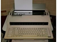 Brother CE-550 Electronic Typewriter with cover & accessories