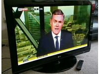 """LG 42"""" TV FULL HD BUILT IN FREEVIEW EXCELLENT CONDITION WITH REMOTE CONTROL HDMI FULLY WORKING"""