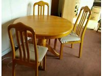 Round Dinning Table & Chairs