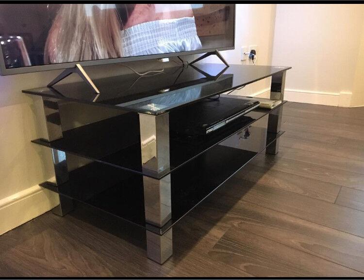 TV/media unit + nest of tables set