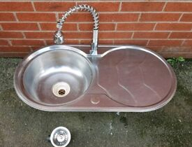 Round sink and very nice wather tap with fittings 85£Can deliver or post!