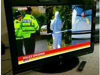 "LG 42"" TV FULL HD BUILT IN FREEVIEW EXCELLENT CONDITION WITH REMOTE CONTROL HDMI FULLY WORKING"