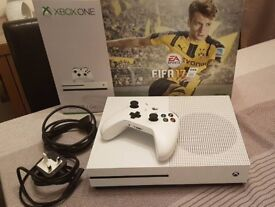 Xbox One S 500GB with 1 controller, boxed
