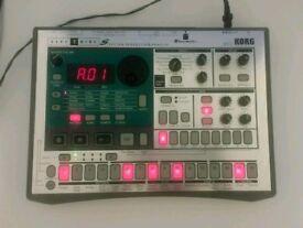 Korg ES1 sampler