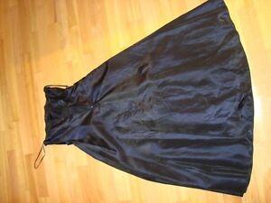 Women's Dress - Black Fairweather Dress - Size 4 -Dark Navy Blue Kitchener / Waterloo Kitchener Area image 4
