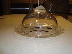 Cow Print Design Hand Blown Glass Cheese/Meat Tray w/ Glass Dome Kitchener / Waterloo Kitchener Area image 3