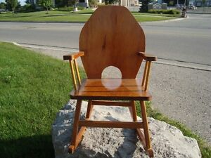 Custom Made Child or Doll Solid Wood Rocking Chair - Great Shape Kitchener / Waterloo Kitchener Area image 7