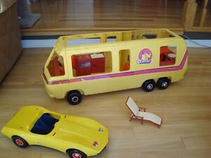 Vintage Barbie 1979 Supervette Yellow Corvette -For Parts/repair Kitchener / Waterloo Kitchener Area image 5