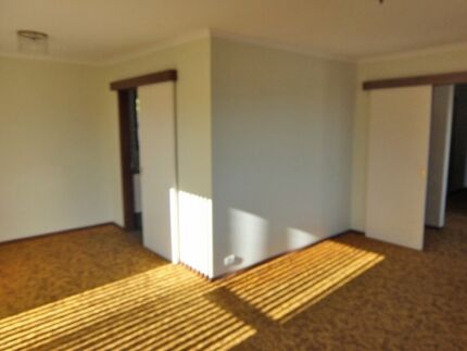 3 Bedroom fully furnished house 10 minutes to Hobart CBD Rose Bay Clarence Area Preview