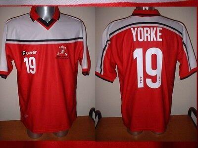 Trinidad & Tobago Power Yorke Adult XL Soccer Football Jersey Man Utd 2000 Top image