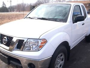 2012 Nissan Frontier S EXT. Cab London Ontario image 1