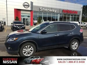 2015 Nissan Rogue AWD 4dr SV. No reasonable offer refused!