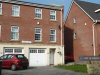 3 bedroom house in Langdale Mews, Bury, BL9 (3 bed)