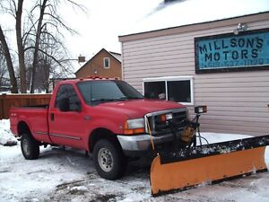 1999 FORD F250 2 DOOR 4X4 with PLOW London Ontario image 4
