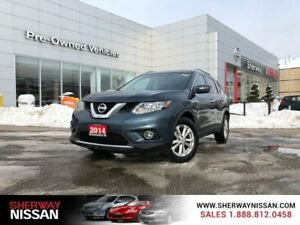 2014 Nissan Rogue sv fwd,low km,one owner trade. Priced to sell!