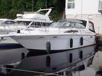 Sundancer 370 Cabin Cruiser Built in 1991 by Sea Ray,Powered by Twin Mercruiser Diesel Engines.