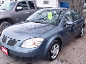 2007 Pontiac   G5   187,000 km  Auto, Remote Start