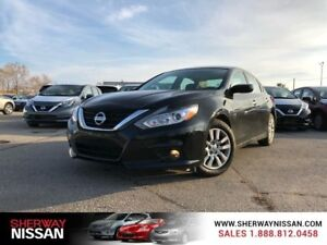 2016 Nissan Altima,accident free trade,priced to sell!